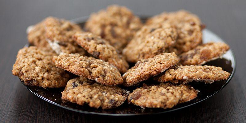 Cannabis Cinnamon Roll Oatmeal Cookies