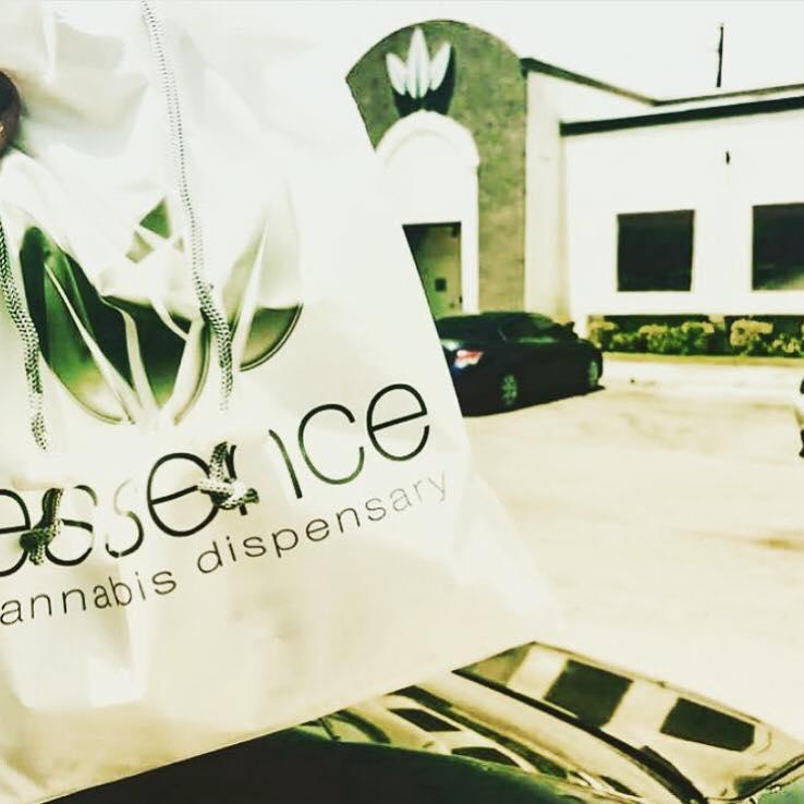 essence-cannabis-dispensary-bag